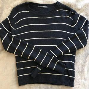 Brandy Melville Sweater - NEW